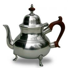 Photo of Queen Anne Pewter Teapot, with feet